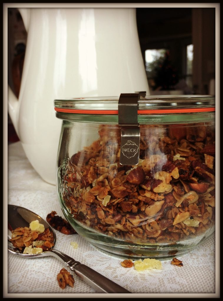 Our Farmhouse Granola is a festive, nutty blend, complete with aromatic spices, poppy seeds, and crystallized ginger. It's a real treat. And it's perfect for sharing with neighbors for that last-minute Christmas gift!